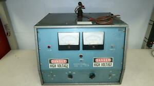 Associated Research 5011 Vintage Hipot Tester T143078
