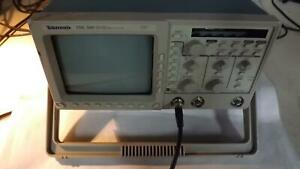 Tektronix Tds380 Two Channel Digital Real Time Oscilloscope T33979
