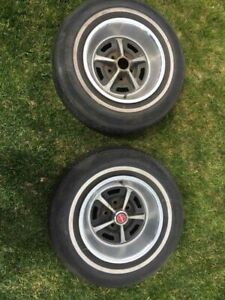 Ford 14x7 Magnum 500 Road Wheels Set Of Four All Trim Rings 2 Center Caps
