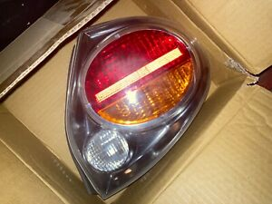 03 Nissan Maxima Left And Right Tail Lights Great Condition