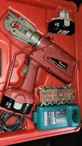 Burndy Pat600 Hydraulic Crimper And Dies Charger Batteries Accessories