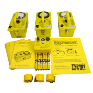 Victoreen Cd V 777 Radiation Detection Set W 3 Meters Charger 6 Dosimeters