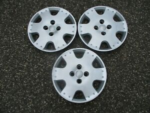 Factory Original 2000 To 2005 Toyota Echo 14 Inch Hubcaps Wheel Covers Beaters