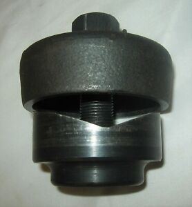 Greenlee 730 m Radio Chassis Knockout Punch 5002443 2 25 32 Inch Diameter