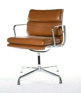 Authentic Herman Miller Eames Soft Pad Side Chair Dwr