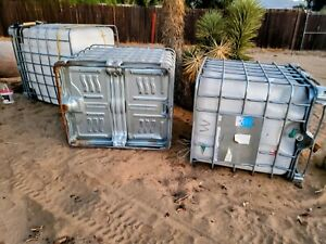 Preowned 500 Gallon Water Tank With Outer Cage Forkliftable