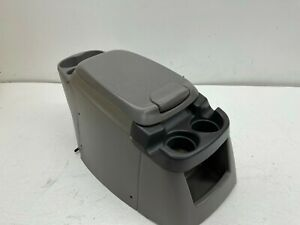 2000 2005 Oem Ford Super Duty Excursion F250 F350 Center Console Armrest T2959
