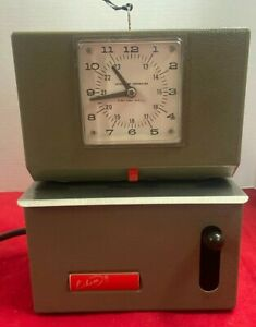Vintage Lathem Time Corporation Time Clock Recorder Model 2121 With Key Working