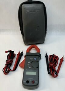 Fluke 30 Clamp Meter Tested Working With Soft Carrying Case he1029458
