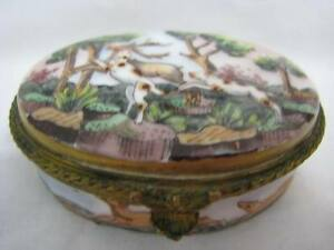 Original Antique Capodimonte Porcelain Trinket Snuff Pill Box Hunting Dogs