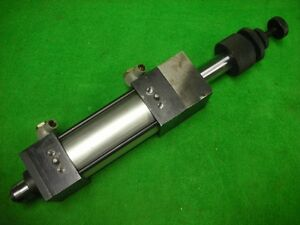 Air Oil Linear Actuator Pneumatic Cylinder W 2 Stroke