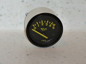 Nice Used Original Porsche 944 Vdo 5 Bar Oil Pressure Gauge Yellow Numbers