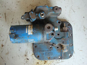 Ford Tractor Hydraulic Valve Cover And Filter Assembly Guto 8000 8700 9000 9600