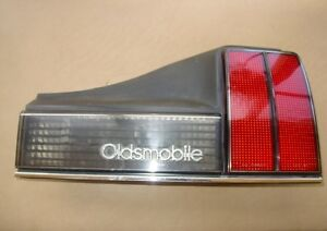 85 1985 Olds Oldsmobile Right Tail Backup Light Housing Part 85 Guide 3n