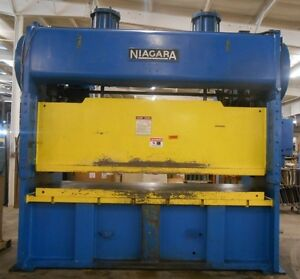 1966yr 150 Ton Niagara Stamping Press Model No Pn 150 120 36 Serial No 41618