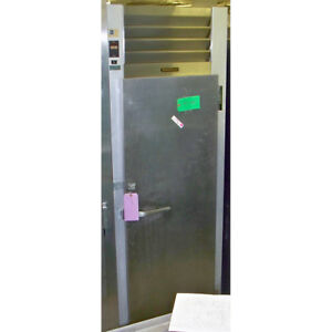 Traulsen Solid Door Reach In Freezer G12010