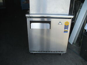 Refrigerator Under Counter Everest Casters 115 S s 900 Items On E Bay