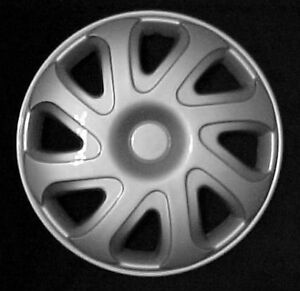 92 99 Chevy Cavalier Hubcaps 14 Set Of 4 New Hub Caps Wheel Covers