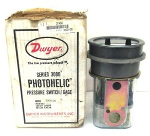 Dwyer Photohelic Pressure Switch Gage Model 3000 00c Series 3000 0 25 Water