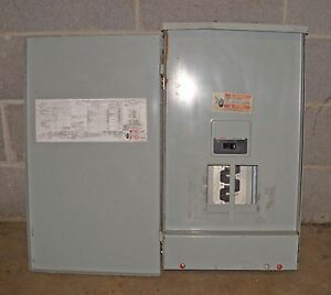 X Cutler Hammer 200 Amp Main Breaker 3r Panel Single Phase 1ph 3w 8 Circuits