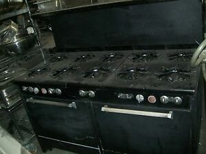 Stove ovens Combo Nat gas 10 Burners 2 Ovens On The Bottom 900 More Items