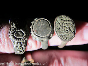 3 Moneta Beautifully Cleaned Ancient Roman Byzantine Rings Bronze Pewter