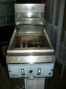 Pitco Floor Model Gas Fryer Solid State Unit baskets s s Unit 900 Items O E Bay
