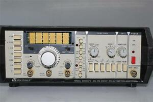 Newtronics 200mspc Am fm sweep Pulse function generator