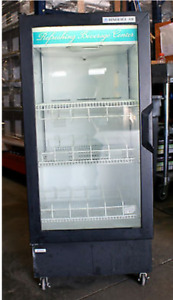 Beverage air Ct96y Countertop Swinging Glass Door Merchandiser Refrigerator