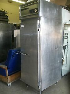 Victory One Solid Door Freezer 115 V 3 Shelves Works Good 900 Items On E Bay