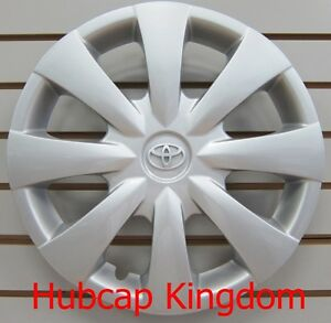 2009 2013 Toyota Corolla Hubcap Wheelcover Oem Silver Emblem 42621 02140