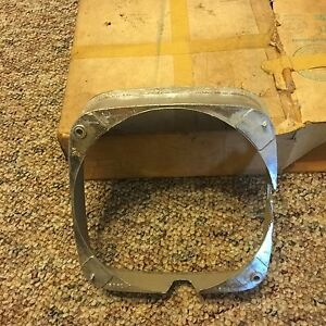 Nos Gm Part 1387240 1969 Buick Lesabre Rh Headlamp Bezel Chrome