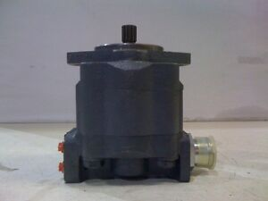 Ford Backhoe Hydraulic Pump 555c 555d 655d E7nn600ca