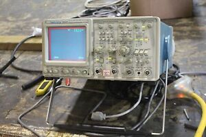 Tektronix 2445 4 channel 150mhz Digital Oscilloscope
