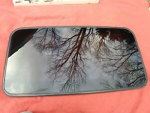 2003 Hyundai Sonata Oem Year Specific Sunroof Glass No Accident Free Shipping