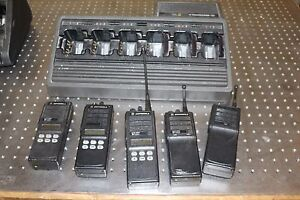 Motorola Mts2000 Set Of 5 Radios With Charger Flashport