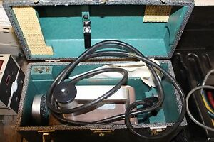 Victoreen Radiation Condenser R meter X ray Meter Model 570