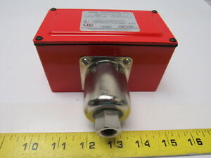 United Electric J27ax Pressure Switch For Fire Sprinkler Systems 120 240v