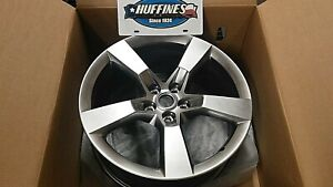 New Oem Front Wheel 20 X 8 2010 2012 Camaro Midnight Silver 92230891