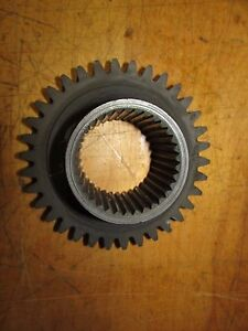 International 574 Tractor Syncro Mesh Transmission Gear 34 Tooth 34 Spline
