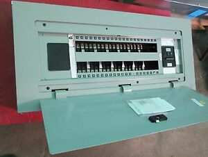 Siemens P1 100 Amp Main Breaker Panel 42 Circuits 208y 120 No Cat