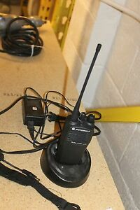 Motorola Radius Cp200 4 Channel Radio With Charger