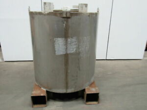 345 Us Gallon Stainless Steel 46 Dia x 48 1 2 Tote Tank W Hooks
