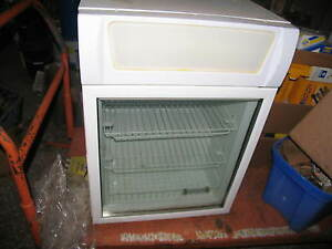 Fricon Commercial Countertop Glass Door Freezer Cooler Merchandiser Vcv 12