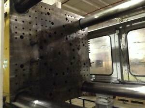 Van Dorn Demag 1100 Ton Injection Molding Machine 1000hp 125 Used 82326