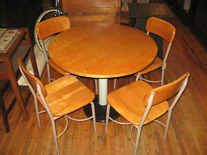Mid Century Heywood Wakefield Maple 36 Kitchen Dining Table 4 Chairs School Set