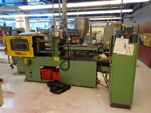 30 Ton Arburg Injection Molder
