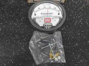 Dwyer 2000 00 Magnehelic 4 Differential Pressure Gauge 15 Psi