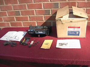 71 72 Cadillac Nos Stereo 8 Track Player Delco 990942 15ct411