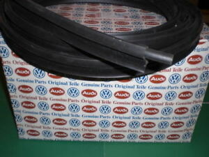 Gen Vw Mk2 Jetta Quantum Dasher Inner Boot Trunk Seal